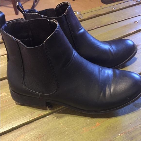 ec7c355a898 Park Lane Flat Chelsea Boots